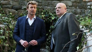 The Mentalist 05x21 : Red and Itchy- Seriesaddict